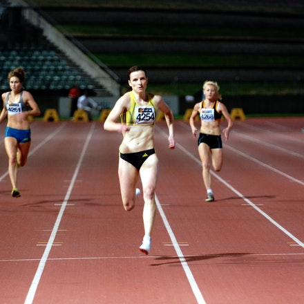 400m - Michelle Carey of Ireland wins the 2011 NSW 400m title in 53.78 seconds with Pirenee Steinert second in 55.28s.