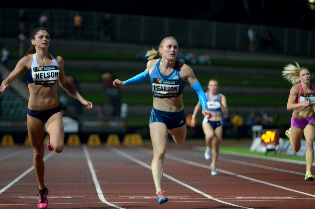 Pearson and Nelson - A close race between Ella Nelson and Sally Pearson over 200m at the 2014 Sydney Track Classic.