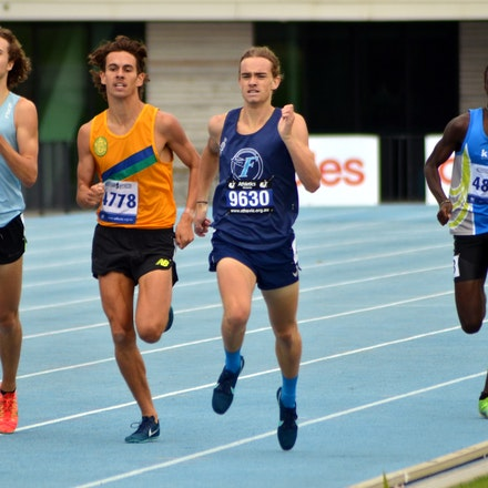 Buchanan wins junior 800m - South Australia's Casey Buchanan scored a narrow victory in the U20 800m, crossing the line just fourth-hundreths of a second...