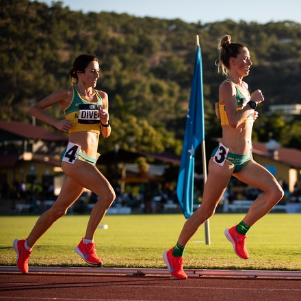 10000m - Ellie Pashley leads Sinead Diver in the 10000m at the 2019 Oceania Championships in Townsville. Photo by Casey Sims.