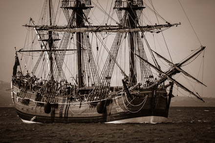 HM Bark Endeavour - The stunning replica of the famous HMS Endeavour arrives in Hobart. The original Endeavour was the bark commanded by Lieutenant James...