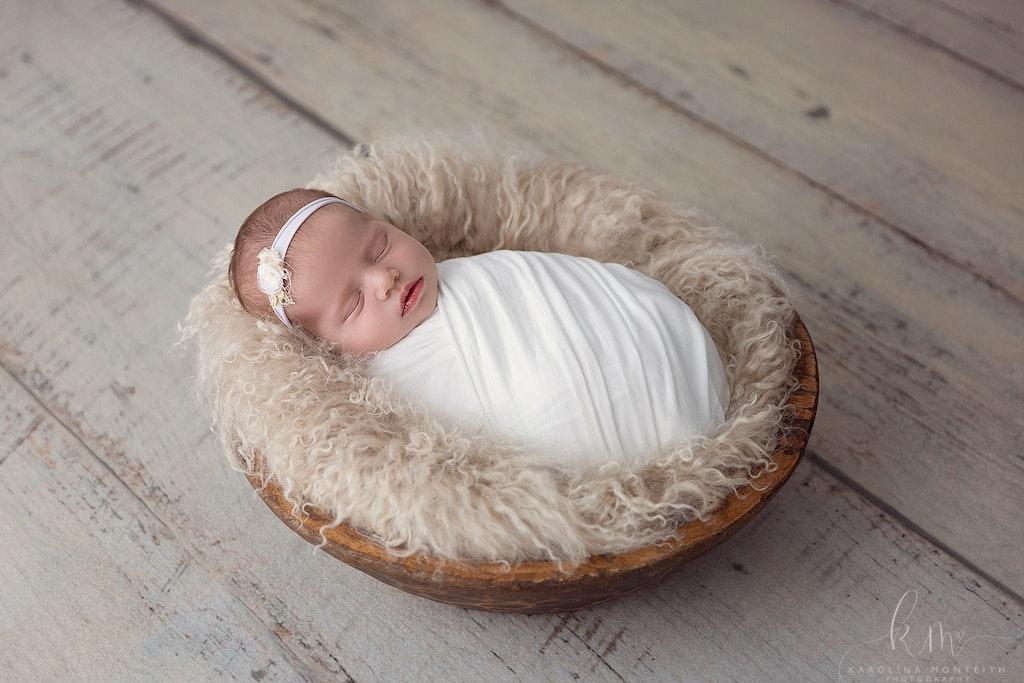 Newborn Photographer - Karolina Monteith Photography 10