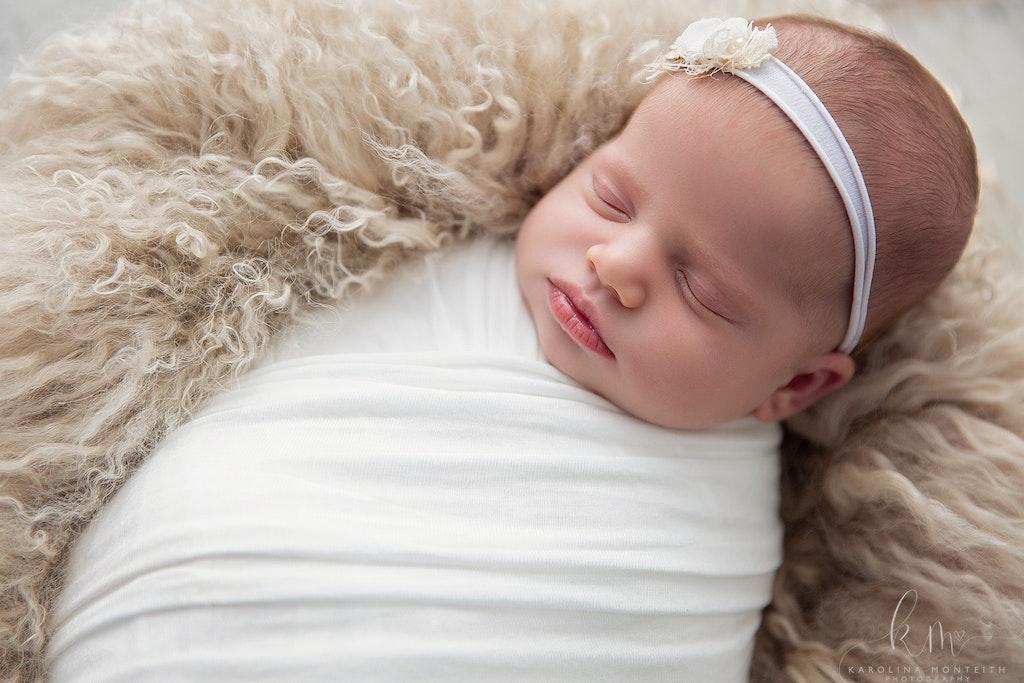 Newborn Photographer - Karolina Monteith Photography 12