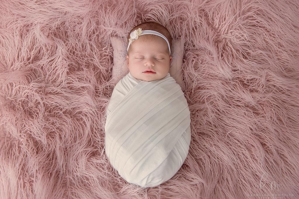 Newborn Photographer - Karolina Monteith Photography 15