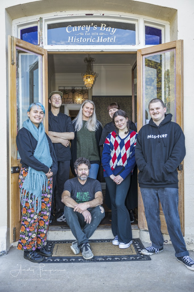 Carey`s Bay Team - Imogen Salvage, Alex Griffin, Jo Kidston, Chanel Nicolau, Violet McGlynn-Cole, Ezra King and Steve Little in the middle. 