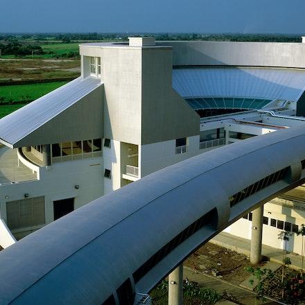 02041716 - Shinawatra University, Bangkok, Thialand.BHP