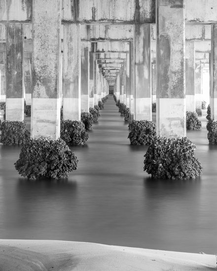 Bridge Portrait - The sea corridor goes forever!