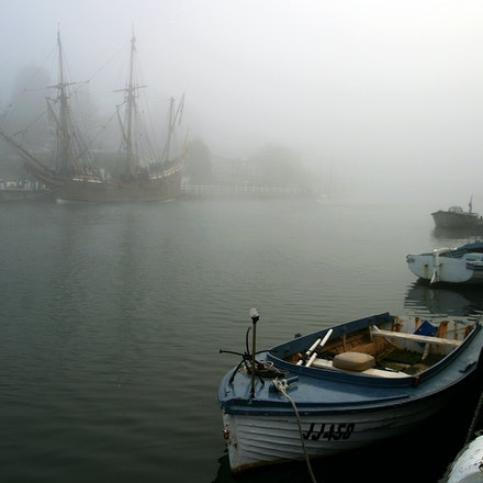 The Duyfken. - The Duyfken (Little Dove), 1606 replica of the dutch sailing ship that put Australia on the map 400 years sits in the sea mist on Port Fairys...