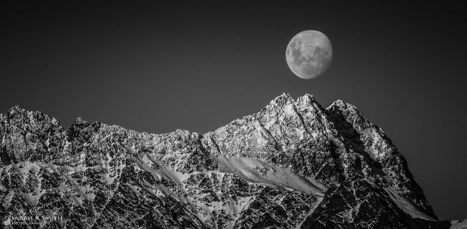 Moonrise Remarkables - Queenstown